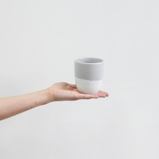 duży kubek haze mug white grey 330 ml