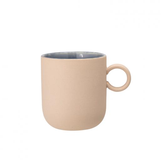 bezowy kubek kamionkowy anne mug bloomingville