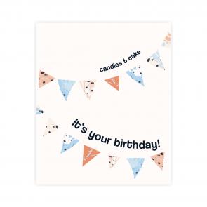 urodzinowa kartka okolicznościowa z napisem candles and cake it's your birthday